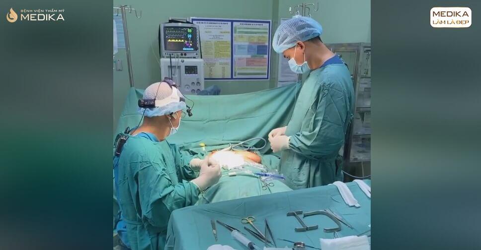 Nâng ngực nội soi giải pháp cho những cặp ngực ĐỒNG BẰNG ở Nangngucxe.vn